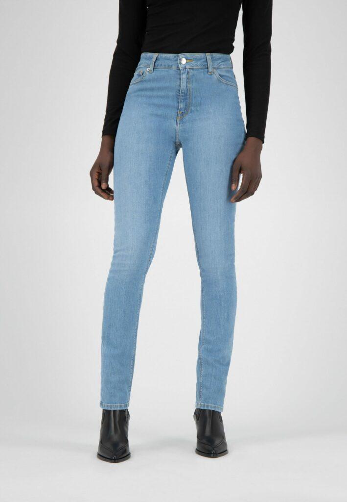 Jean pantalon la mode plus juste